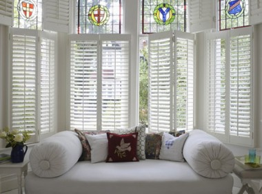 Take Pleasure In The Benefits Of Modish Plantation Shutters