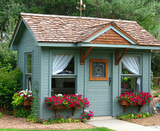 Country Potting Shed1
