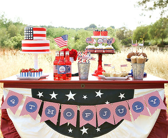 Greetings America 4th July Table Decor Ideas