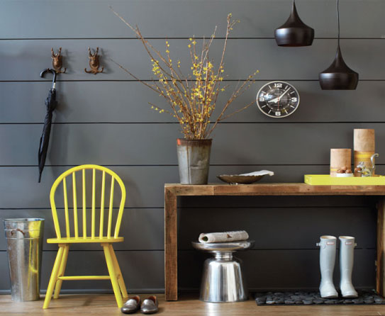 How to bring the Heat by Decorating Entryways