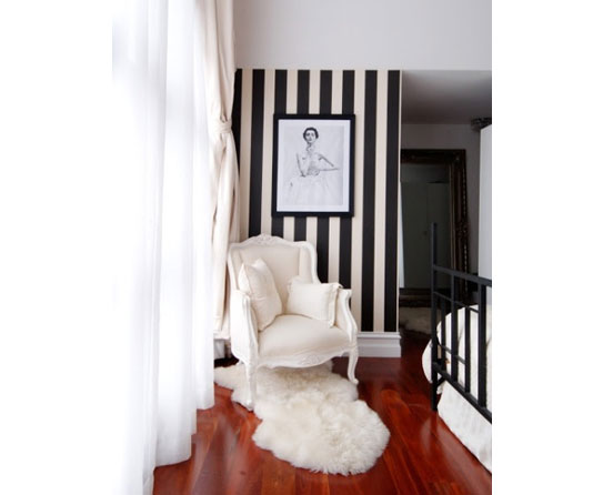 Black And White Home Decor Suggestions For Monochromatic
